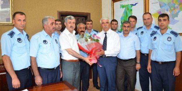 Yeşilyurt Zabıta Personellerinden Başkan Polat'a Ziyaret