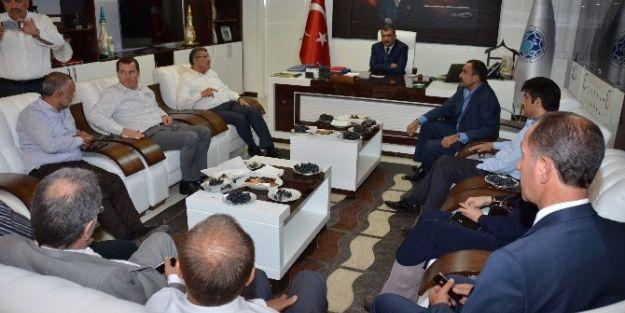 Zeytinburnu Belediye Başkanı Murat Aydın, Başkan Selahattin Gürkan'ı Ziyaret Etti